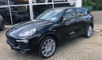 Autoturisme Porsche Cayenne 2015 full