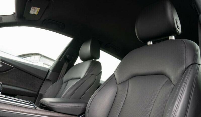 Autoturisme Audi Q8 2016 full
