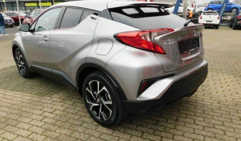 Autoturisme Toyota Alta marca 2019 full